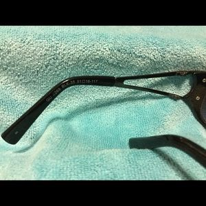 Guess Accessories - Guess Sunglasses -#GU 6269 - used